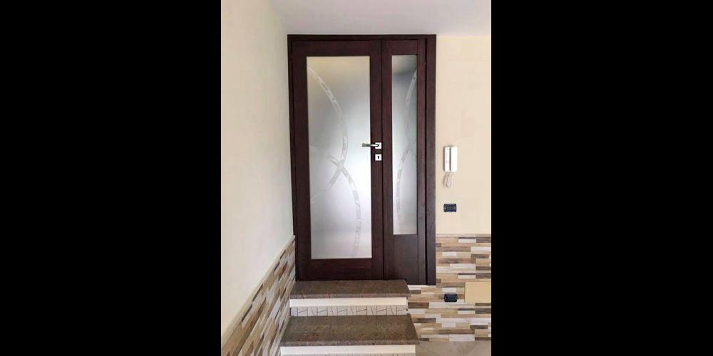 Dvostruka vrata s fiksnim dijelom