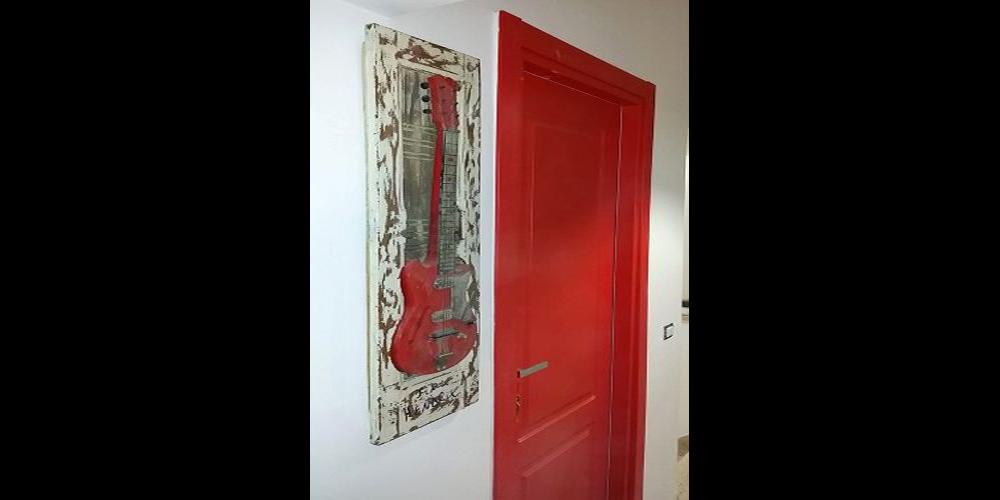Lakirana vrata